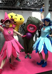 Cosplay-Cover: Doremi, Sophie, Majorca und Daddy-Oh (DoReMi Staff
