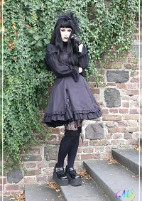 Cosplay-Cover: Mana - Gothic Lolita Bible #5 EGL