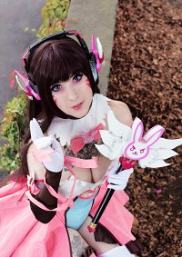 Cosplay-Cover: D.Va ⌊ Magical Girl ⌉