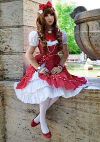 Cosplay-Cover: Red Polka Dot