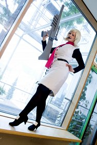 Cosplay-Cover: Mom Lalonde