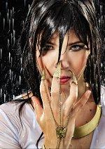 Cosplay-Cover: Talia al Ghul (white)