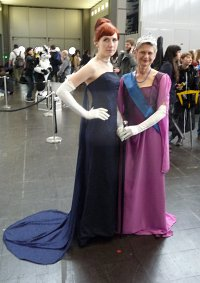 Cosplay-Cover: Anastasia - Opernkleid