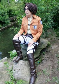 Cosplay-Cover: Hanji Zoe