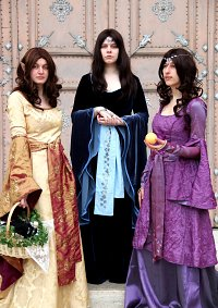 Cosplay-Cover: Eleynja Naîth' Idhryn - Ceremonial Dress