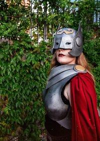 Cosplay-Cover: Female Thor aka Jane Foster