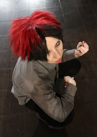 Cosplay-Cover: Pete [Red Goth]
