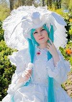 Cosplay-Cover: Miku Hatsune [White Rabbit]