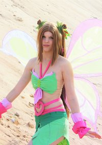 Cosplay-Cover: Flora [Sophix]