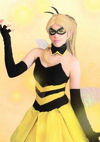 Cosplay-Cover: Queen Bee [Magical Girl]