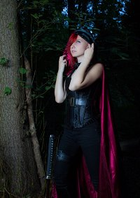 Cosplay-Cover: Dark red Lady [Dark Red Forest]