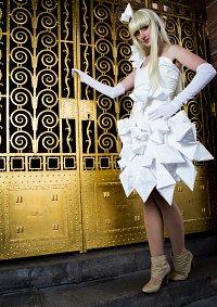 Cosplay-Cover: Lady Gaga [Origami]