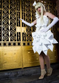 Cosplay-Cover: Lady Gaga [Origami]