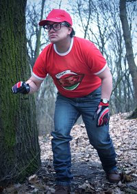 Cosplay-Cover: Dwight Fairfield (Pizza Outfit)