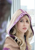 Cosplay-Cover: [Spellthief] Lux