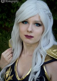 Cosplay-Cover: Ashe [Classic]