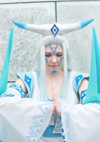 Cosplay-Cover: Raava