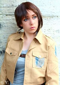 Cosplay-Cover: Ymir Fritz