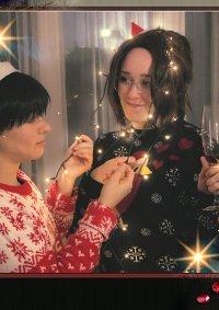 Cosplay-Cover: Hanji Zoë (Christmas Bakery)