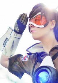 Cosplay-Cover: Lena Oxton [Tracer]