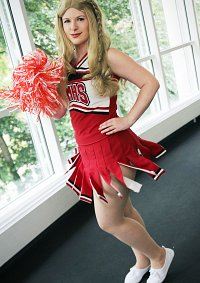 Cosplay-Cover: Quinn Fabray (Cheerio)