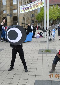 Cosplay-Cover: Patapon (mit Speer)