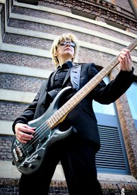 Cosplay-Cover: Shironuma Tetsuo (Rockband-Artwork) (Sweetpool)