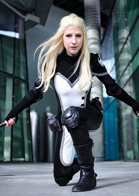 Cosplay-Cover: Mockingbird