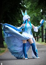 Cosplay-Cover: Glaceon Wizard