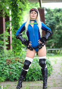 Cosplay-Cover: Cammy [Battle Costume]