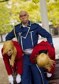Cosplay-Cover: Alex Louis Armstrong