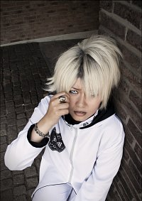 "Cosplay-Cover: Ruki ""Black Moral"""