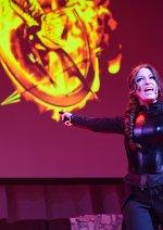 Cosplay-Cover: Katniss Everdeen - Mockingjay Part 1