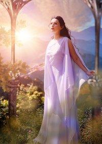 Cosplay-Cover: Arwen (Dream Dress)
