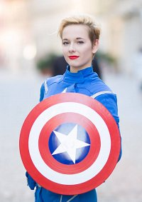 Cosplay-Cover: [fem] Captain America