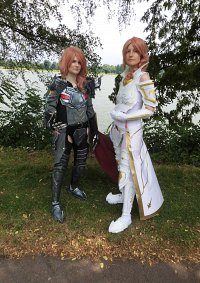 Cosplay-Cover: Lightning (Sacred Knight)