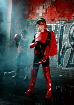 Cosplay-Cover: Arsenal [Rent-A-Bat]