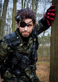 "Cosplay-Cover: Punished ""Venom"" Snake"
