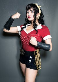 Cosplay-Cover: Bombshell Wonder Woman