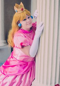 Cosplay-Cover: Prinzessin Peach