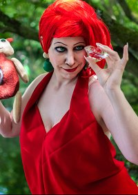 Cosplay-Cover: Madame Medusa