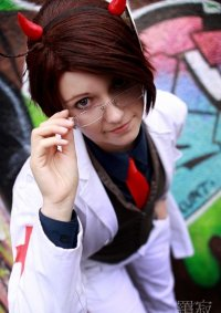 Cosplay-Cover: Dr. Edelstein [Halloween Special]