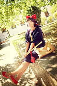 Cosplay-Cover: Kiki 『Standard Dress』