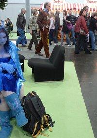 Cosplay-Cover: Die blaue Raupe Absolem