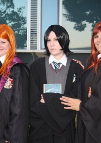 Cosplay-Cover: Ginny Weasley (School Uniform)