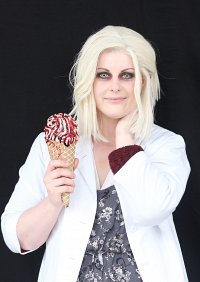 Cosplay-Cover: Liv (Olivia) Moore