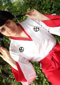 Cosplay-Cover: Hinamori Momo [Shinigami Academy]