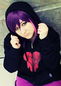 Cosplay-Cover: Tambry - Emo-Hoodie