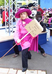 Cosplay-Cover: Pink-Magier