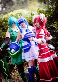 Cosplay-Cover: Vivid Blue